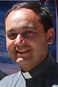 Pbro. Carlos Campos Núñez